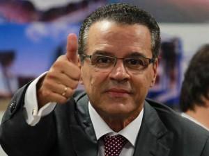 Henrique-Alves-300x225